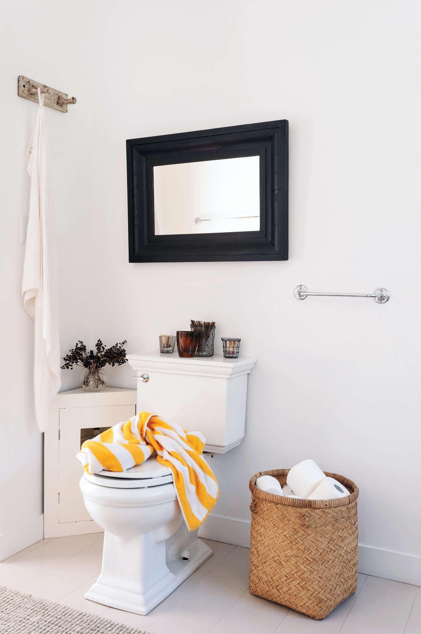 5 Quick Fixes Inventive Toilet Paper Storage Remodelista