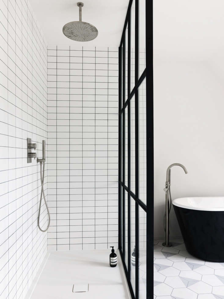 Bathroom Of The Week Steel Frame Shower Doors In A Fanciful London Project Remodelista