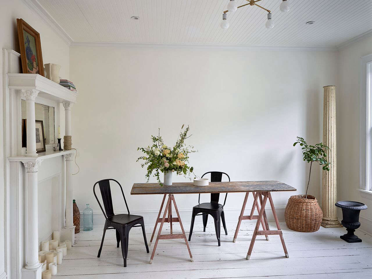 Small Space Diy 7 Sawhorse Dining Tables For Impromptu Gatherings Remodelista