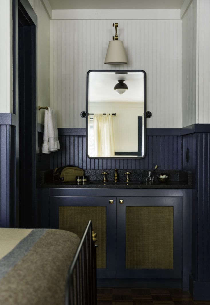 At The Anvil Hotel Designers From Studio Tack Used Two Toned, Beadboard  Wainscoting To