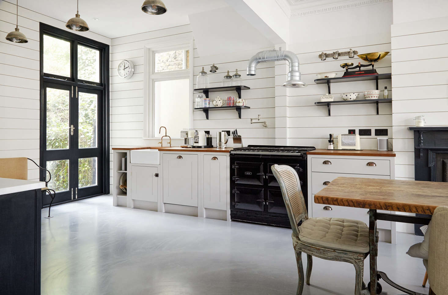 The Cookery: 16 Favorite Traditional English Kitchens from ...