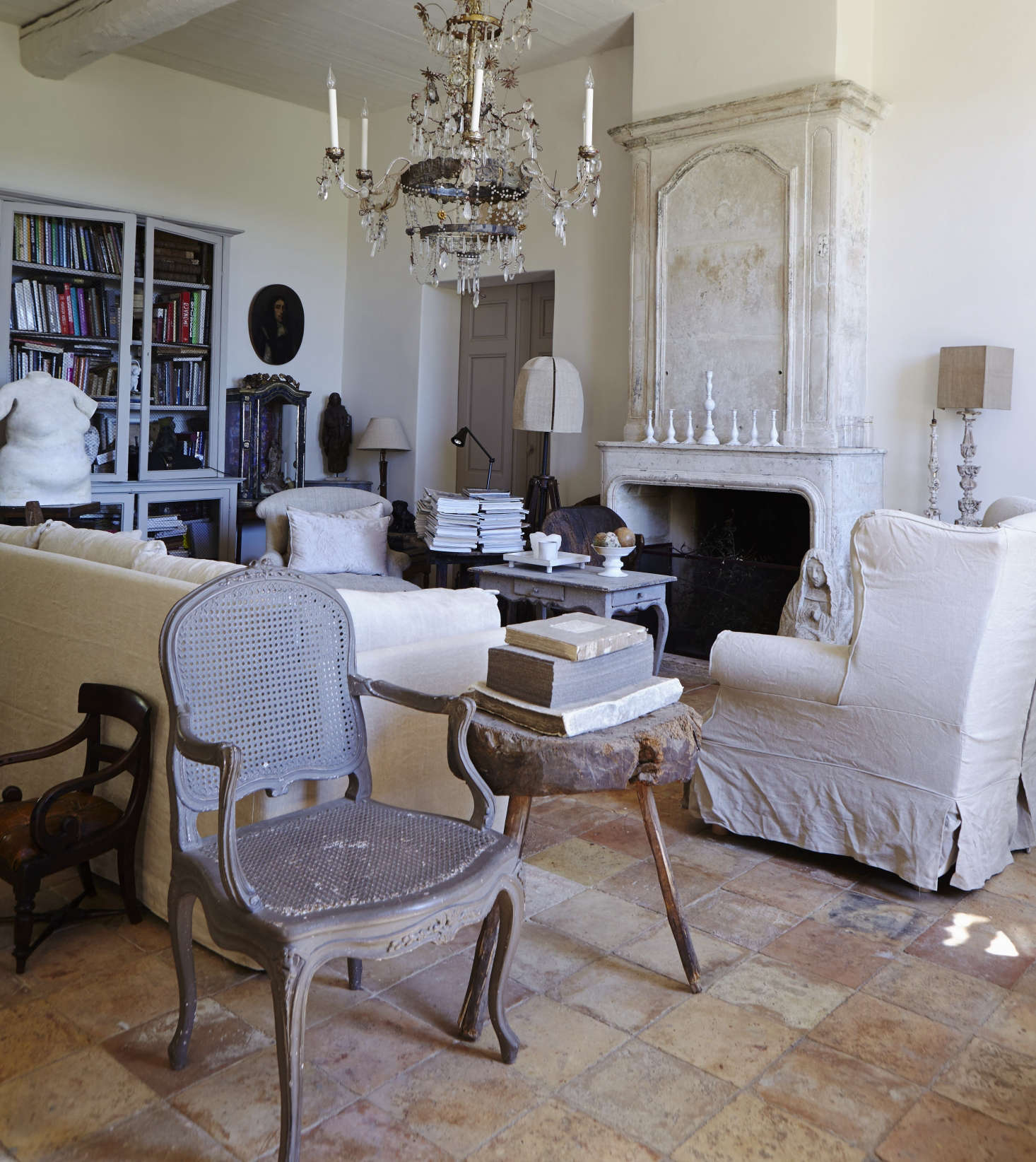 Exceptional The Living Room In The Home Of Sara Giunta And Jean Luc Charrier Of La