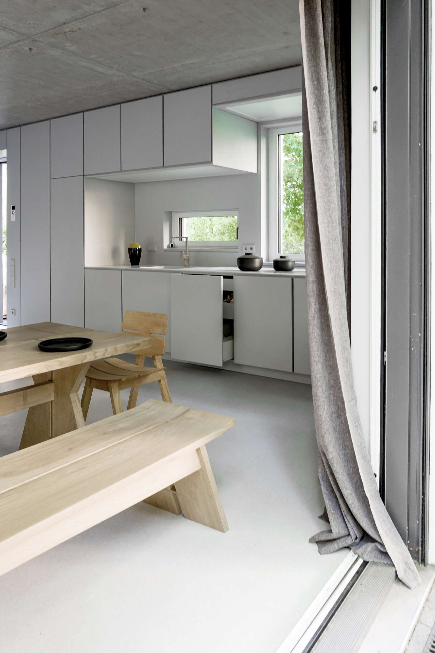 Minimalist new-build house in Berlin furnished with bespoke wood ...