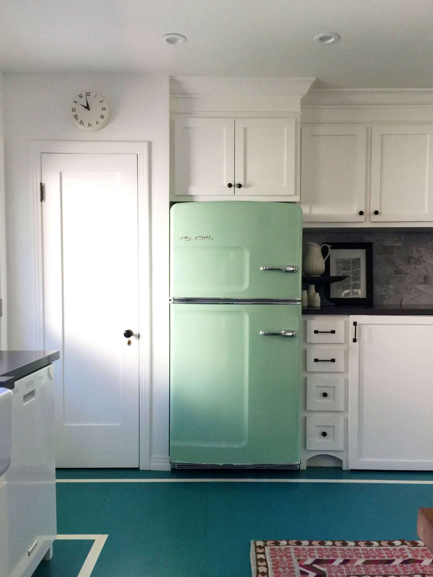 green spot kitchen trend alert 13 kitchens with colorful refrigerators 1466