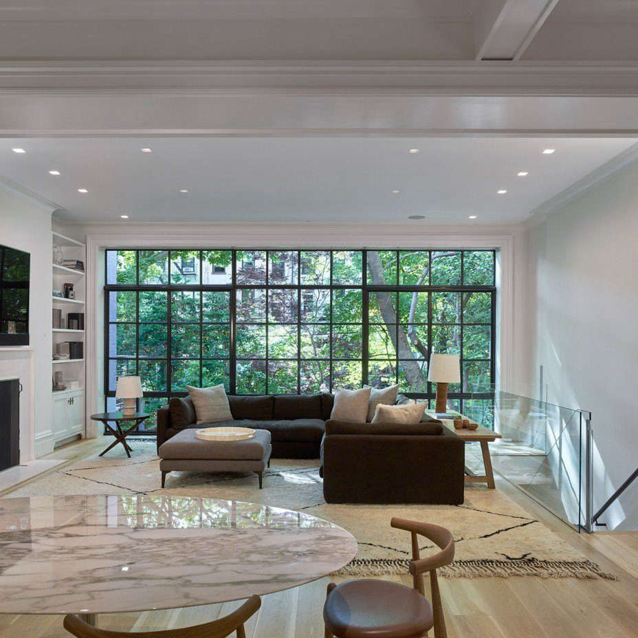 A Row Of Three Floor To Ceiling Lutron Shades Gives This Brooklyn Heights  Room