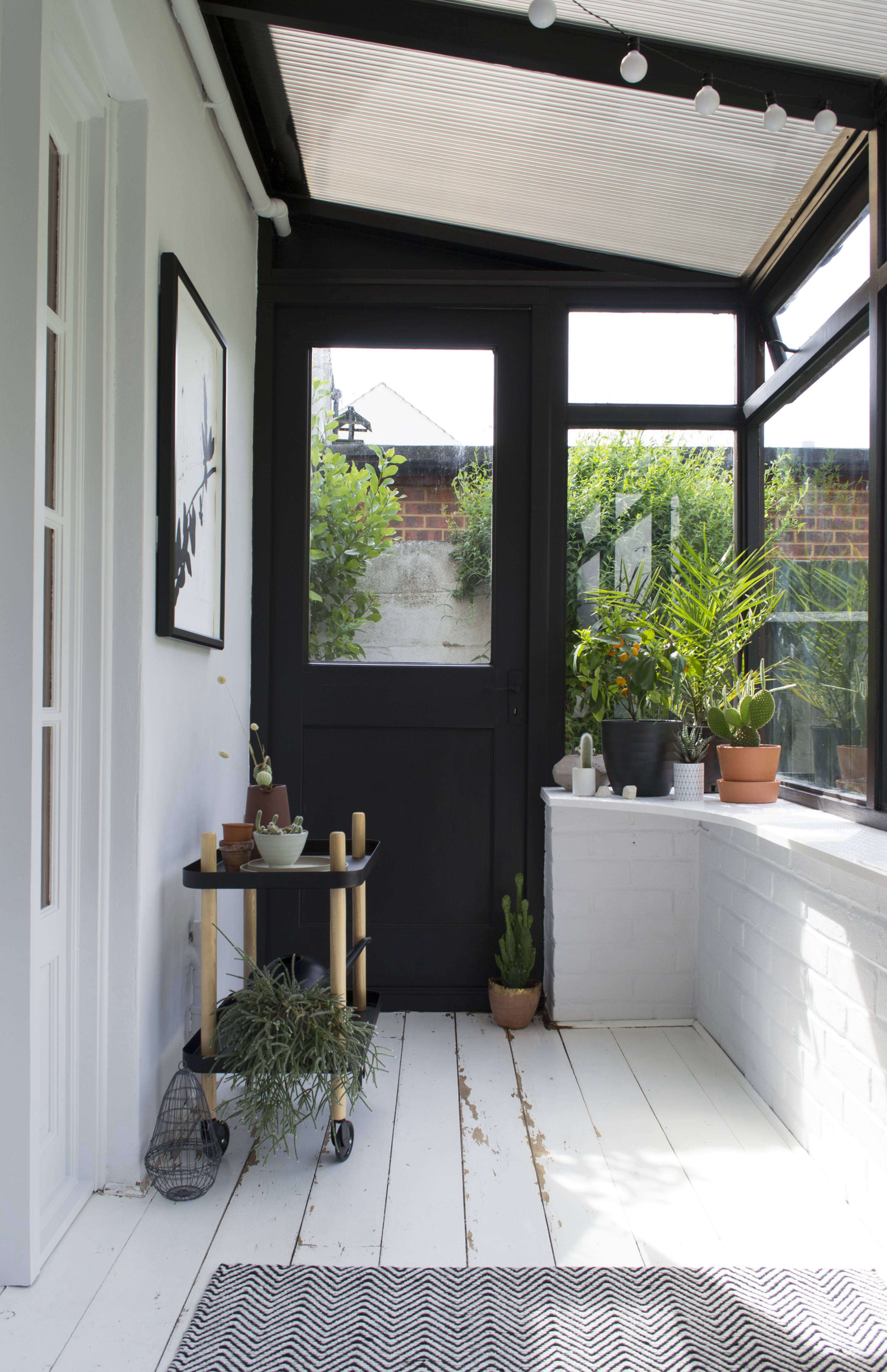 Trending On Gardenista The Windowsill Gardener Remodelista