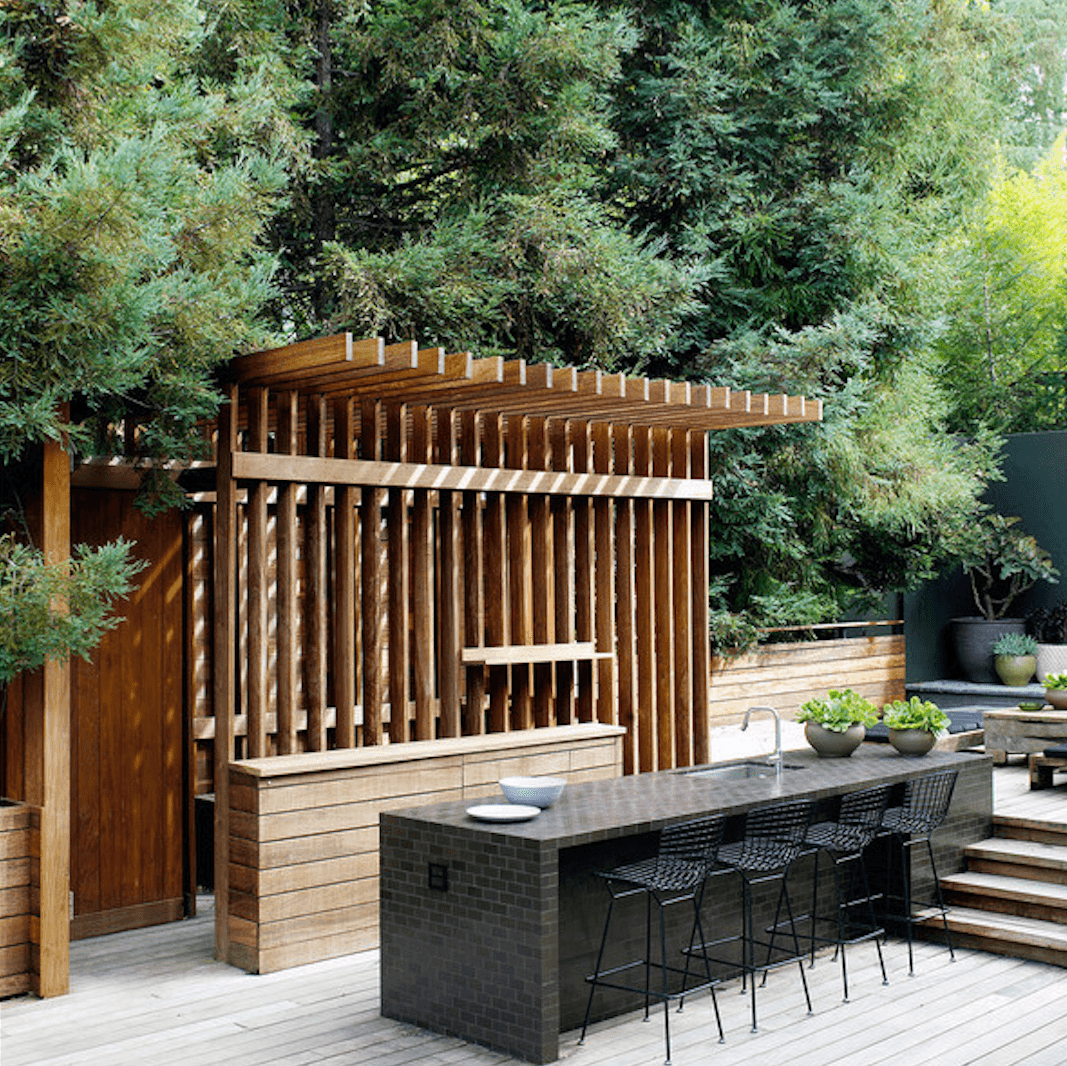 Beyond The Barbecue: 15 Streamlined Kitchens For Outdoor