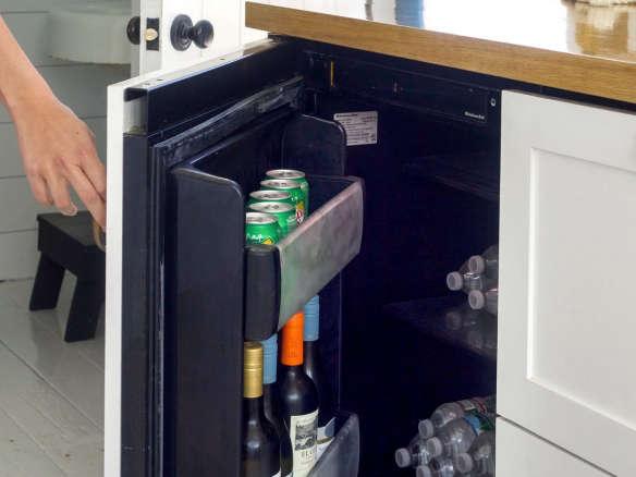 Big Chill S Under Counter Mini Refrigerator