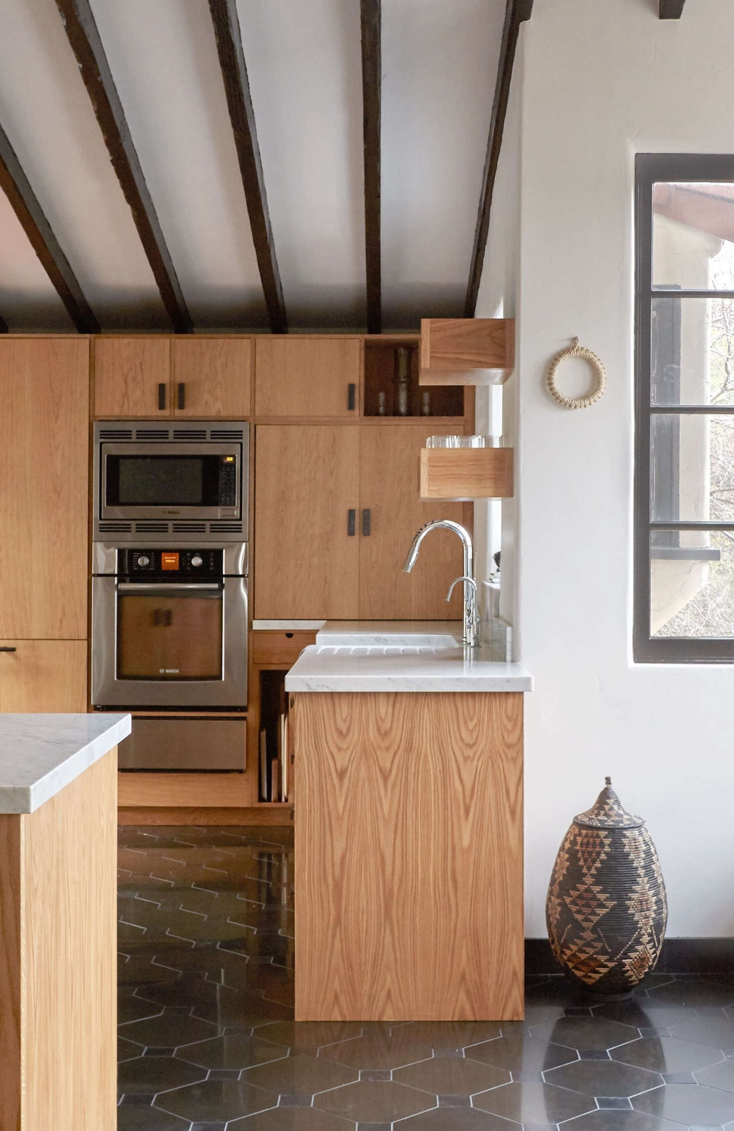 Kitchen of the Week In Los Feliz A Moody Romantic Spanish