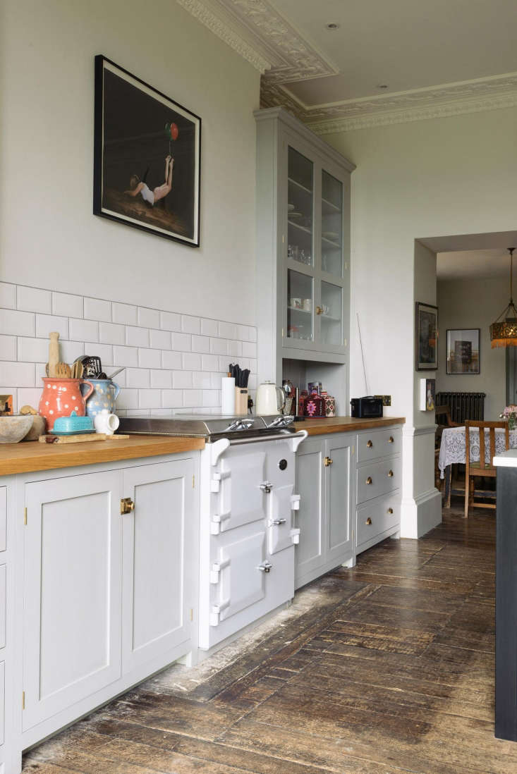 Strange Kitchen Of The Week A Fairy Tale Kitchen In Somerset For Home Interior And Landscaping Palasignezvosmurscom