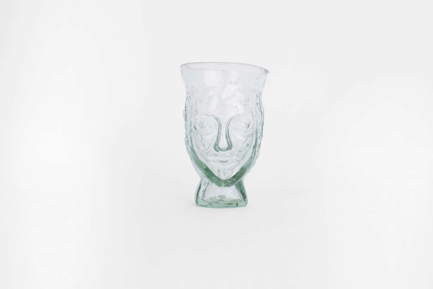 Alexa likes La Soufflerie'stete glassware for its ghostly similarities to death masks; theTete Drinking Glassis €29 from La Soufflerie. (For more selections, seeObject of Desire: La Soufflerie Tete Vases.)