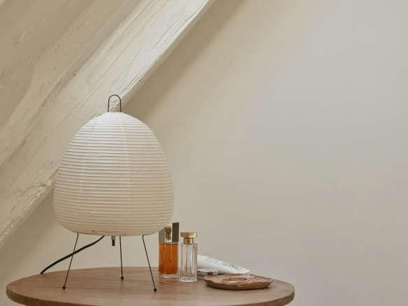 Noguchi Akari 1a Table Lamp