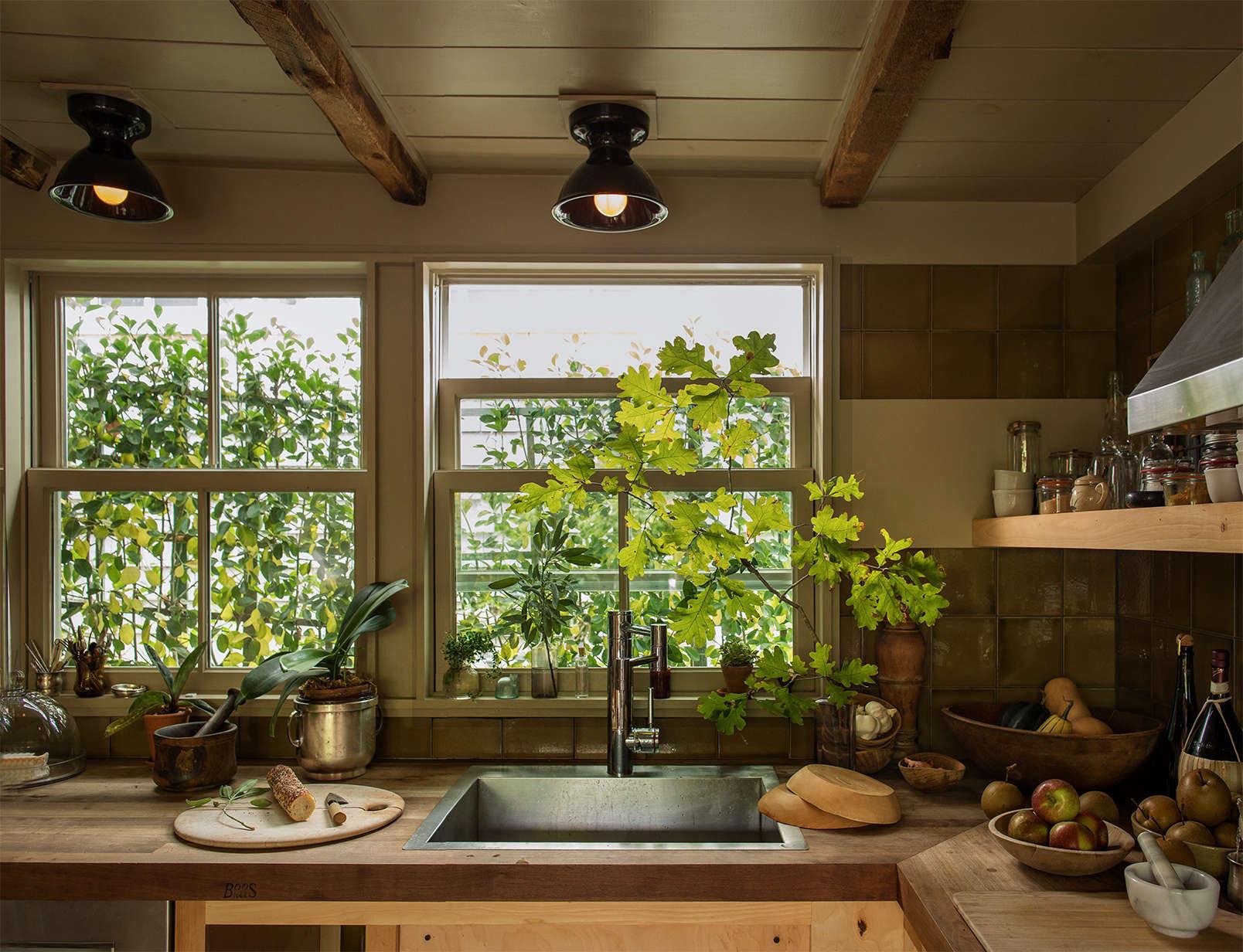 nigella lawson kitchen design.  Alice Waters Kitchen Design on michael symon kitchen escoffier rachael ray Michael Symon Escoffier