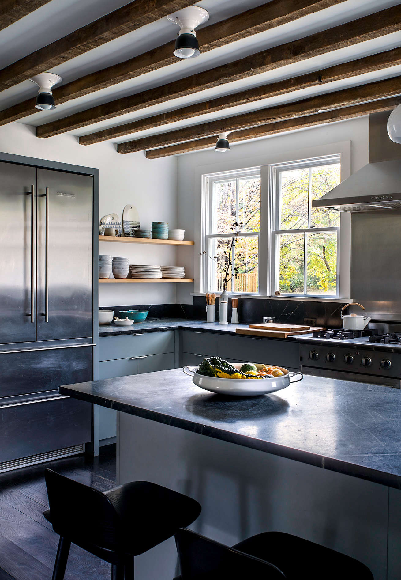 Kitchen of the week hudson valley farmhouse kitchen reborn dunjas mission was to enhance the sense of light and air in the small space workwithnaturefo