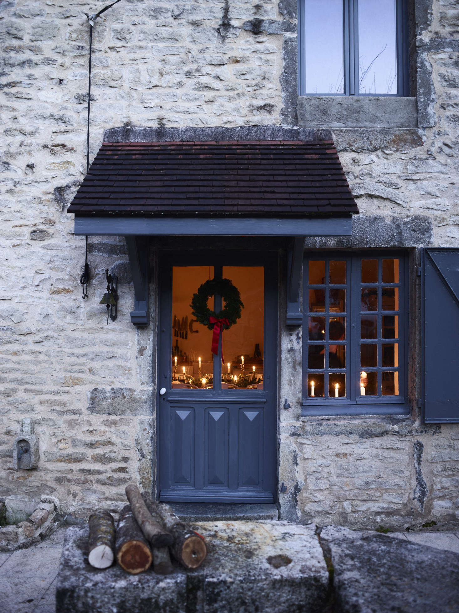 Simple Christmas Decor In Burgundy France With The Cook