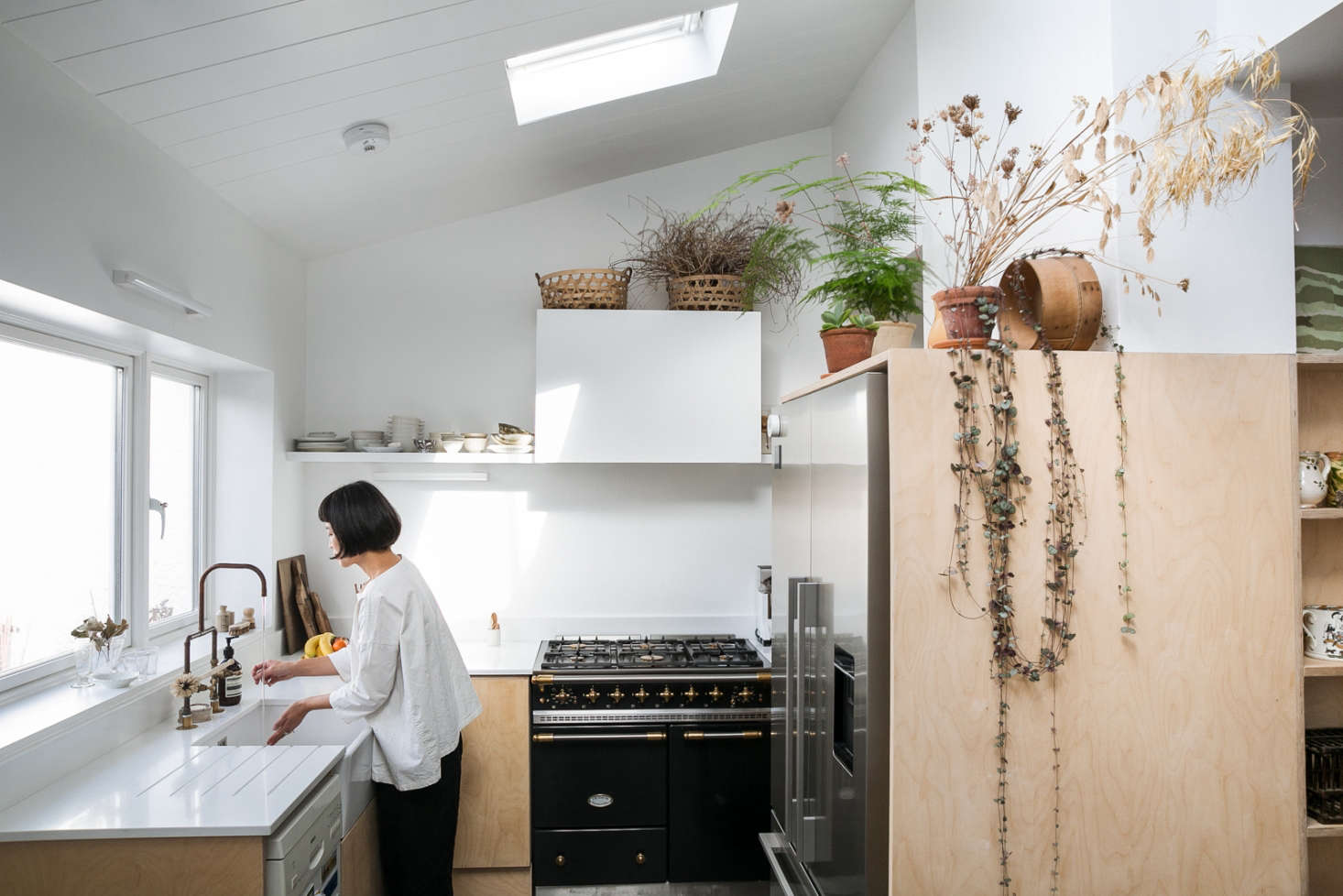 Steal This Look: A Botanical Stylist's Creative Kitchen Remodel in London