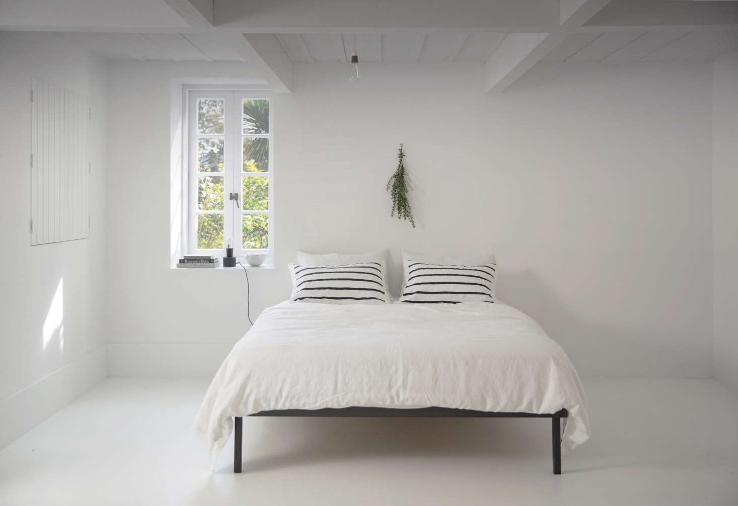 28 tranquil allwhite bedrooms