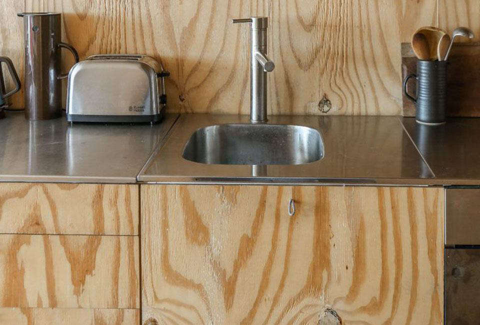 The Thin Stainless Steel Countertops And Integrated Stainless Prep Sink  Were Originally From Ikea (the
