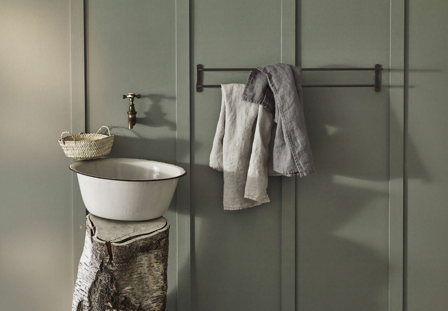 Vintage Luxe: New Bath Accessories from Rowen & Wren with ...