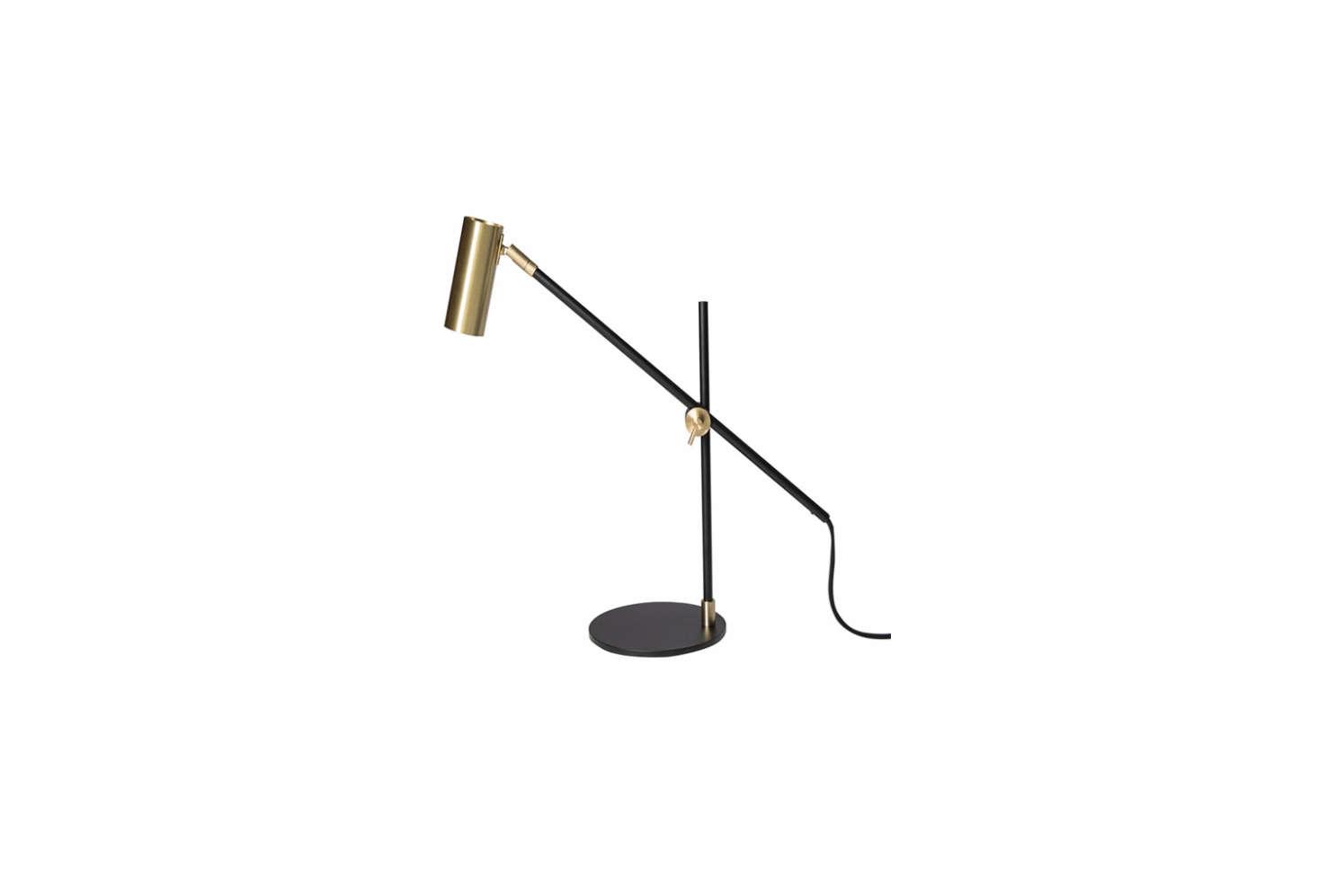 The bedside table lamps areRubn Lektor Desk Lamps in black brass for €5 each.