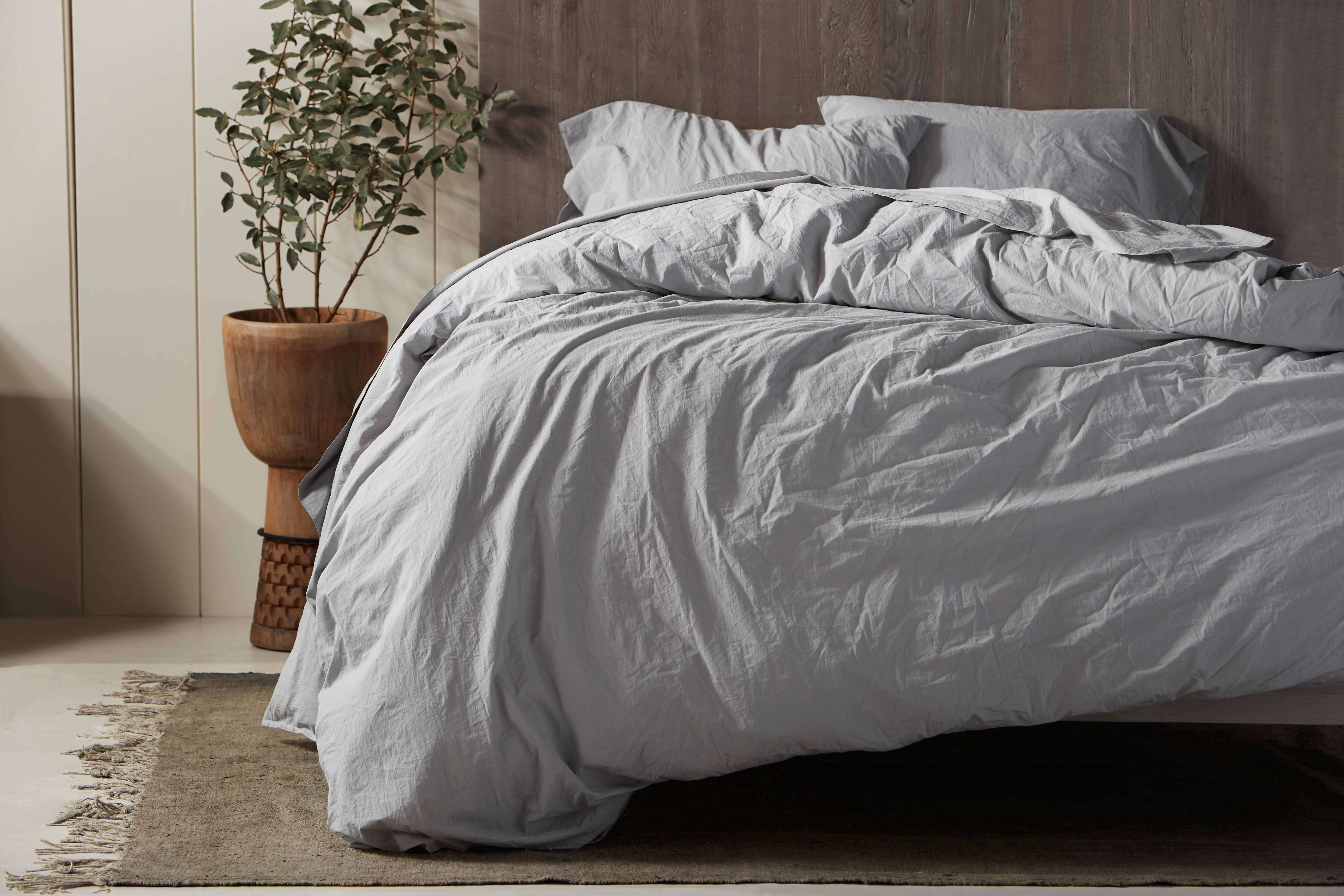Enter To Win A Crinkled Percale Bedding Set From Coyuchi S