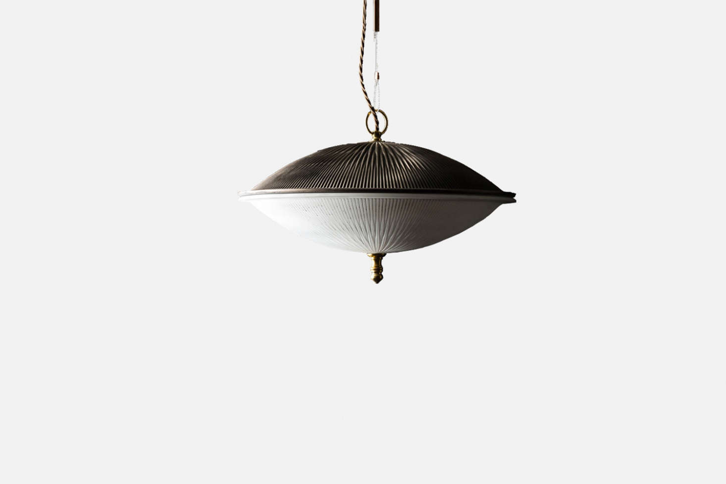 The pendant light is the Felix Original Art Deco Pendant Light; £370 at Felix Lighting Specialists.
