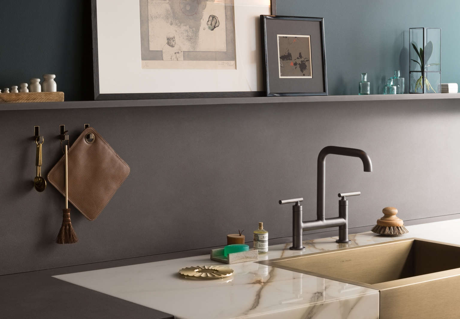 10 Easy Pieces: Modern Bridge Faucets