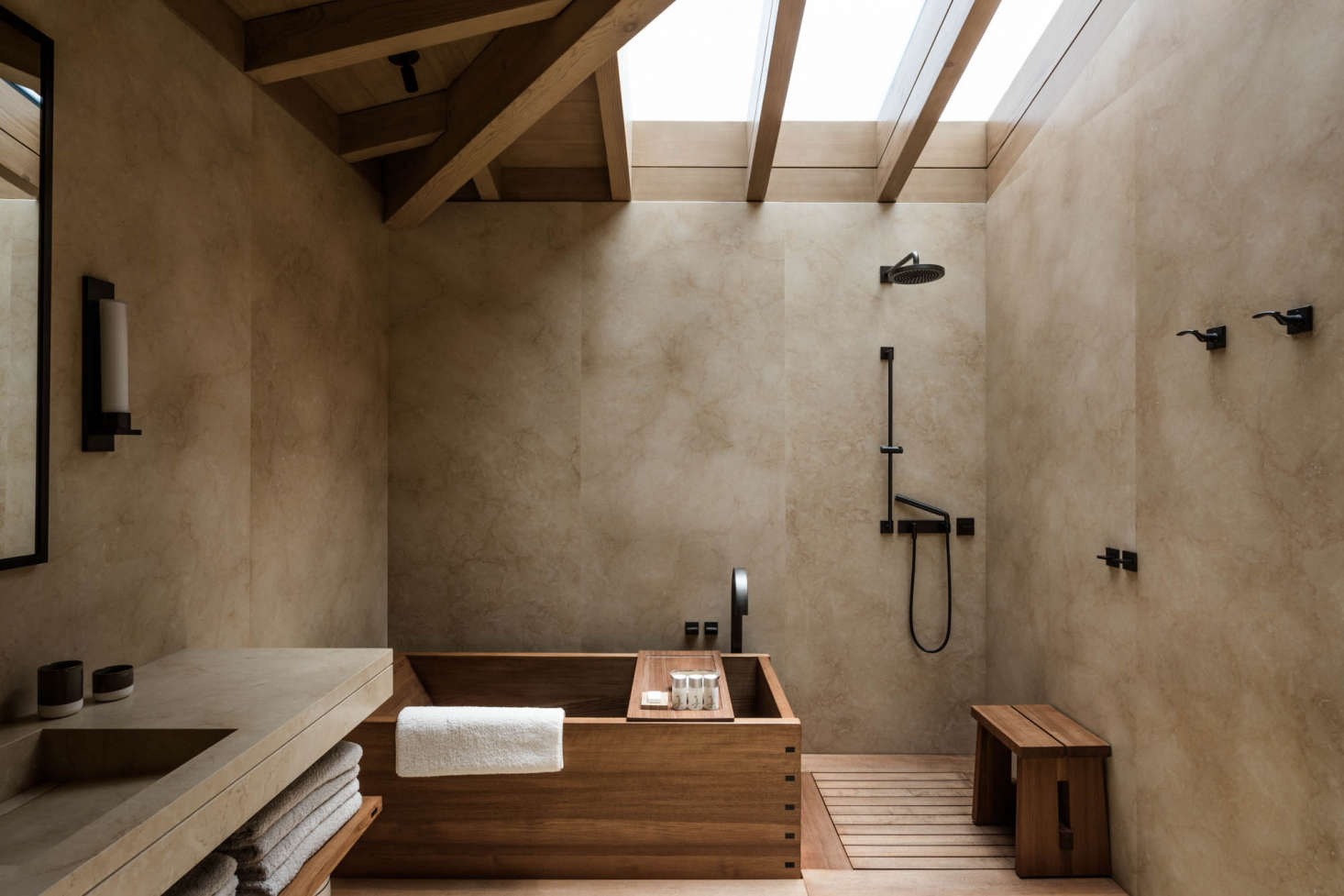 10 Favorites: Japanese-Style Bathtubs Around the World - Remodelista