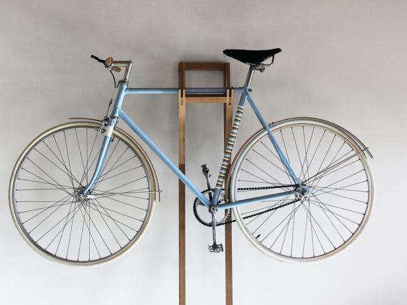 thibaut malet 39 s bike hanger for one bicycle. Black Bedroom Furniture Sets. Home Design Ideas