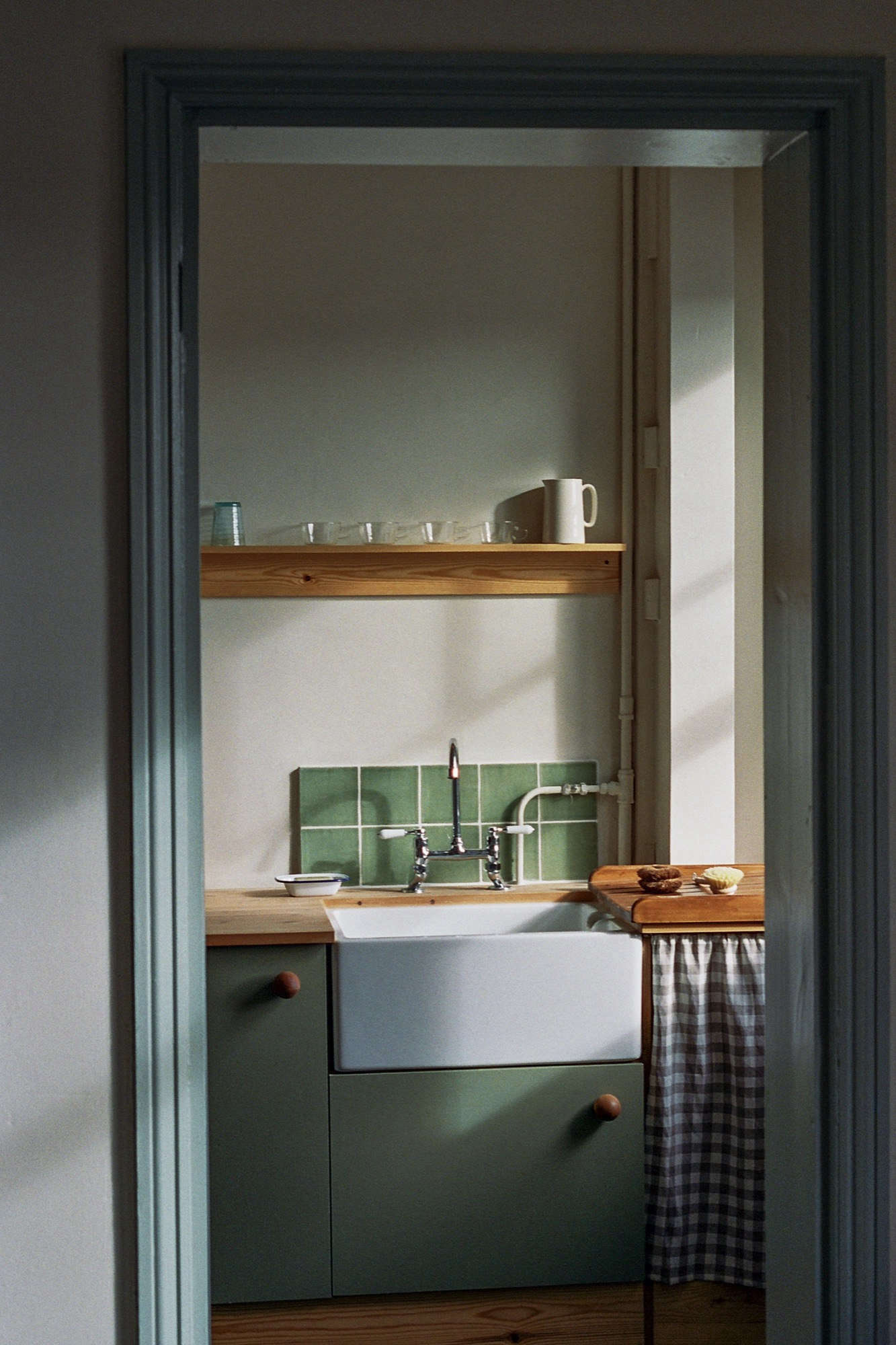 A Vintage Inspired Apartment In Hackney From Abel Sloane