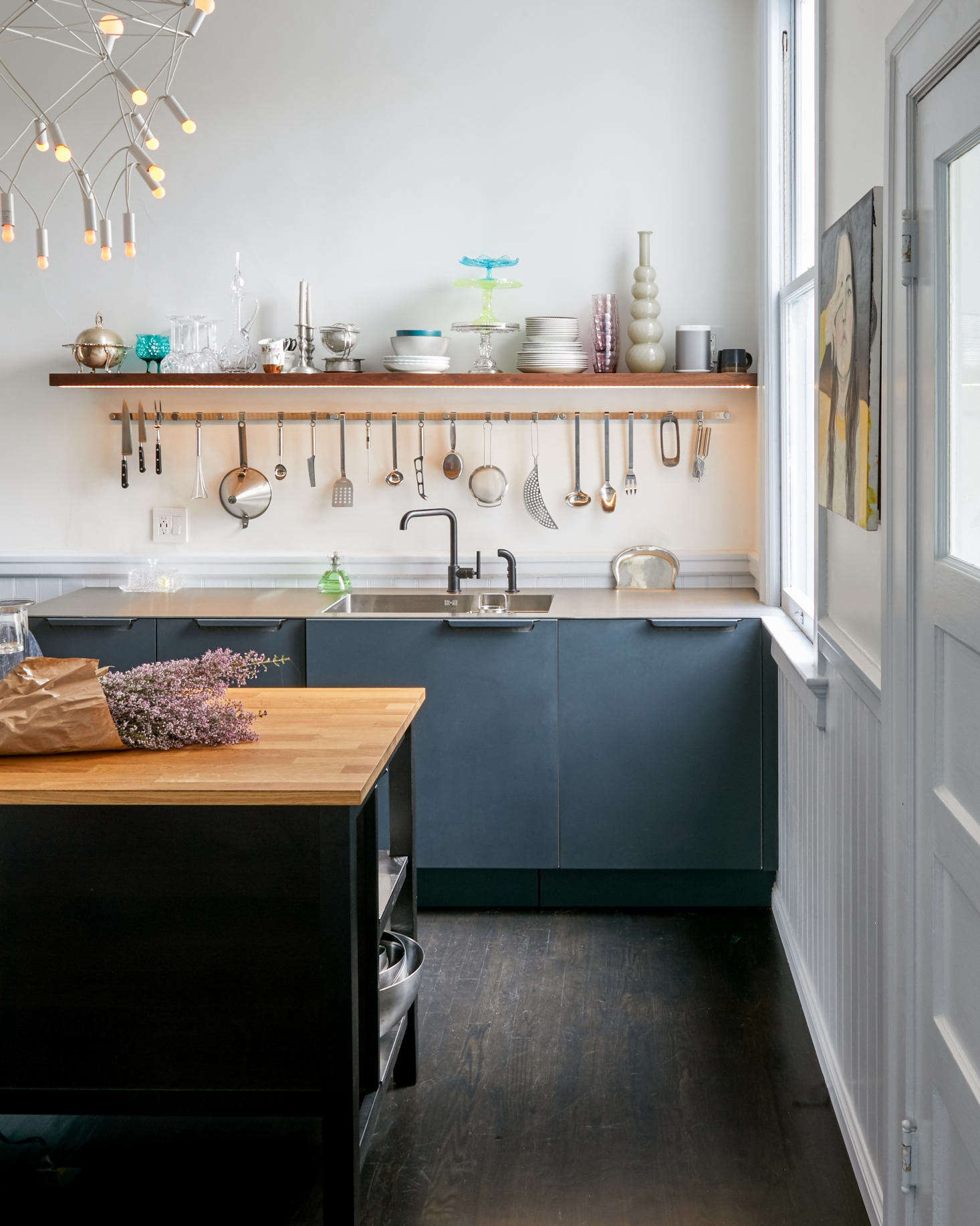 In Praise of Ikea: 20 Ikea Kitchens from the Remodelista ...