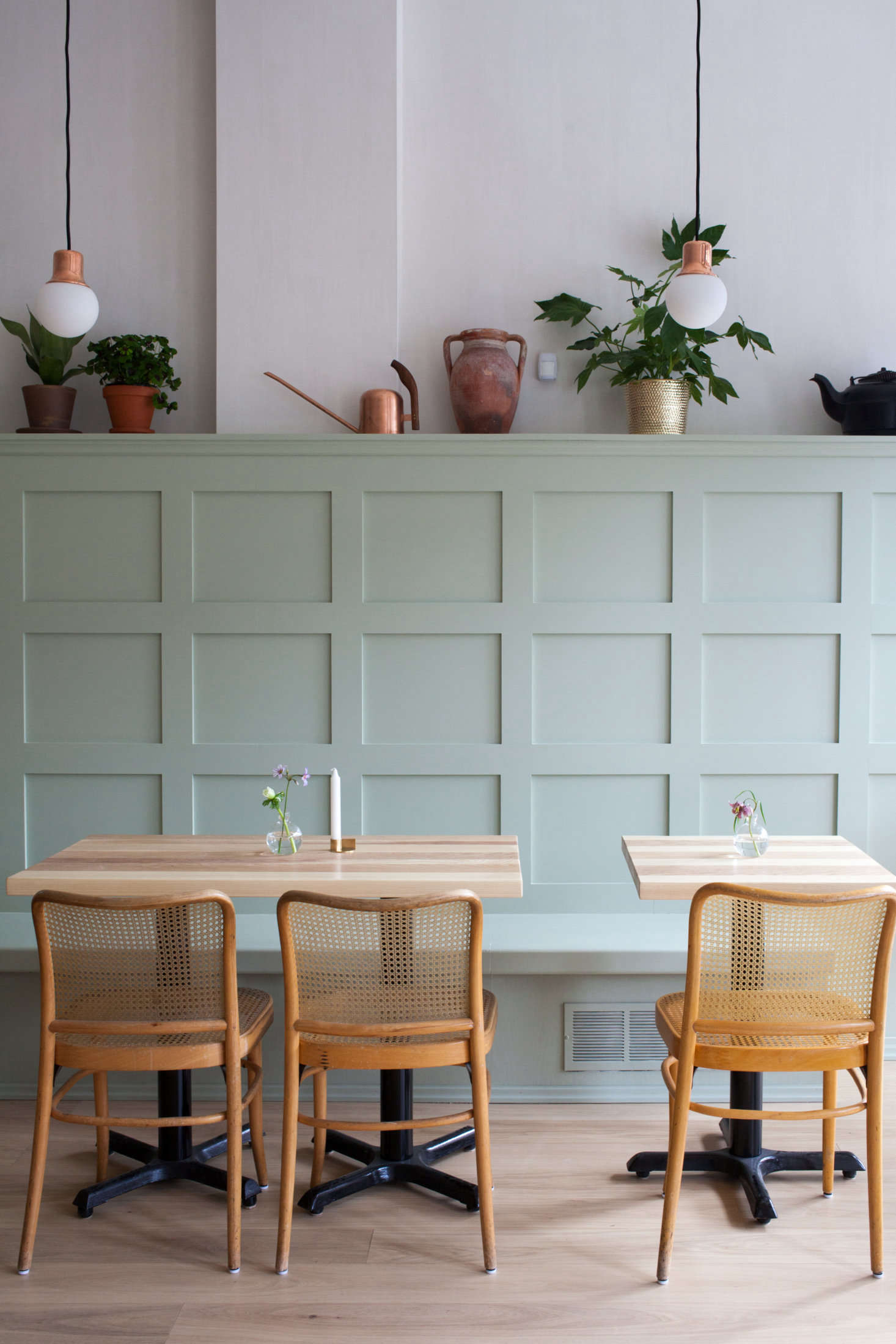 A Banquette In Pale Green (by Way Of Farrow U0026 Ball Paint) Is Paired