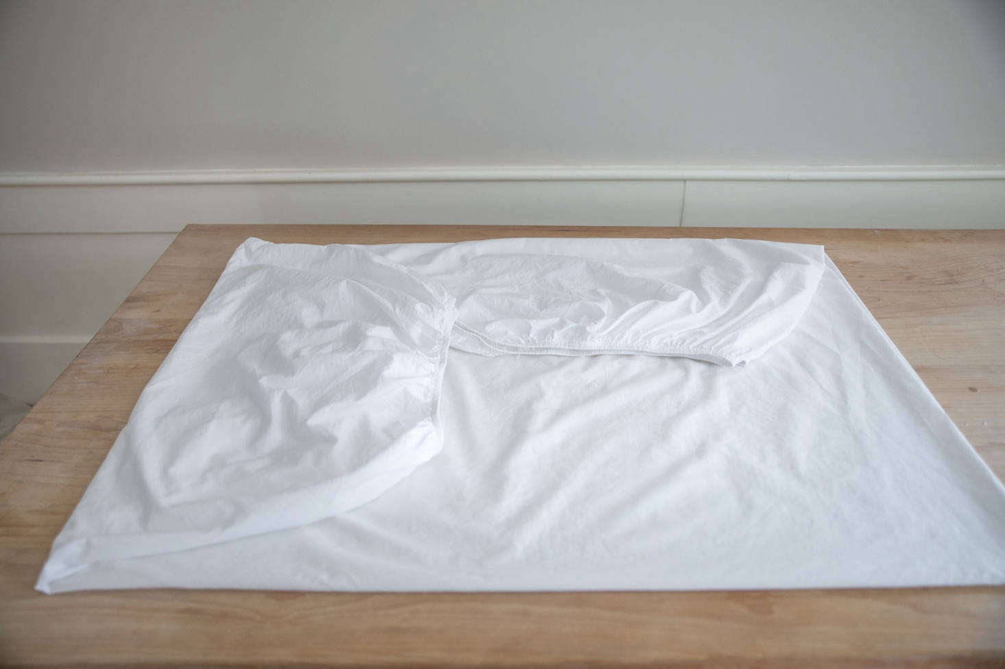 Expert Advice: How to Fold a Fitted Sheet, Step by Step