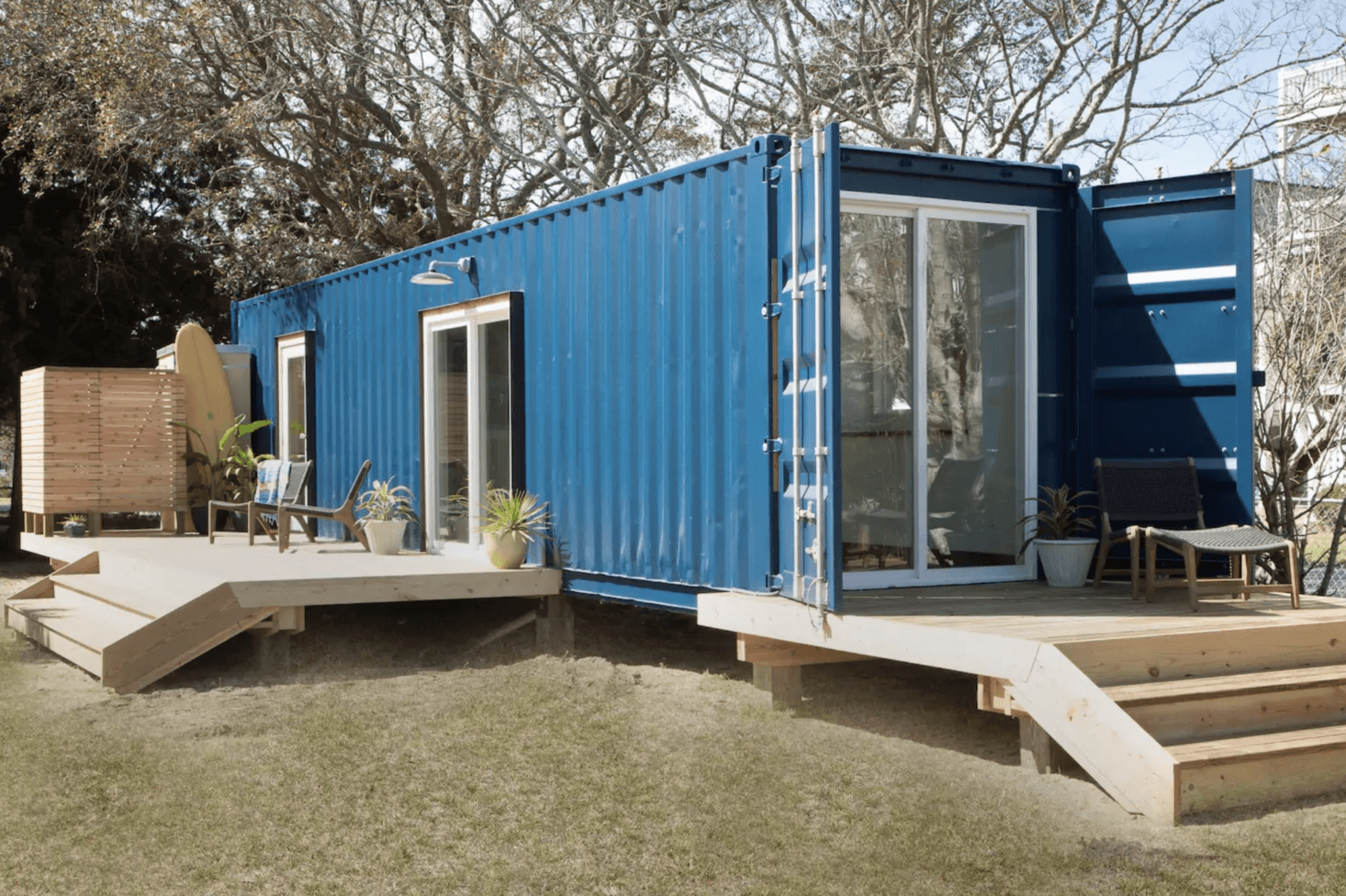 10 repurposed shipping containers are now beautiful houses