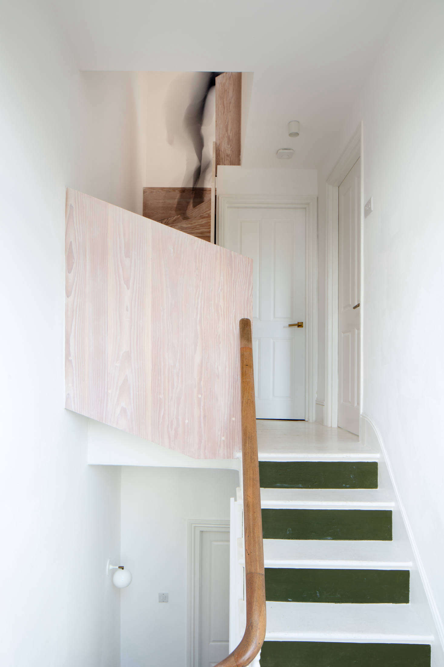 While The Couple Splurged On The Kitchen And Dinesen Flooring,