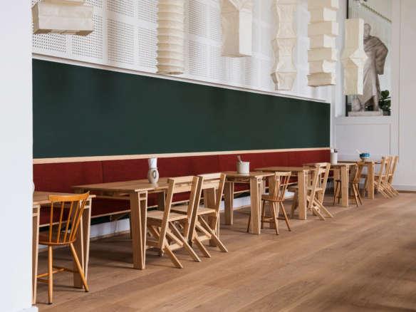 sedia 1 chairs