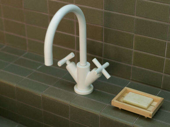 10 Easy Pieces: Modern Italian-Designed Kitchen Faucets - Remodelista