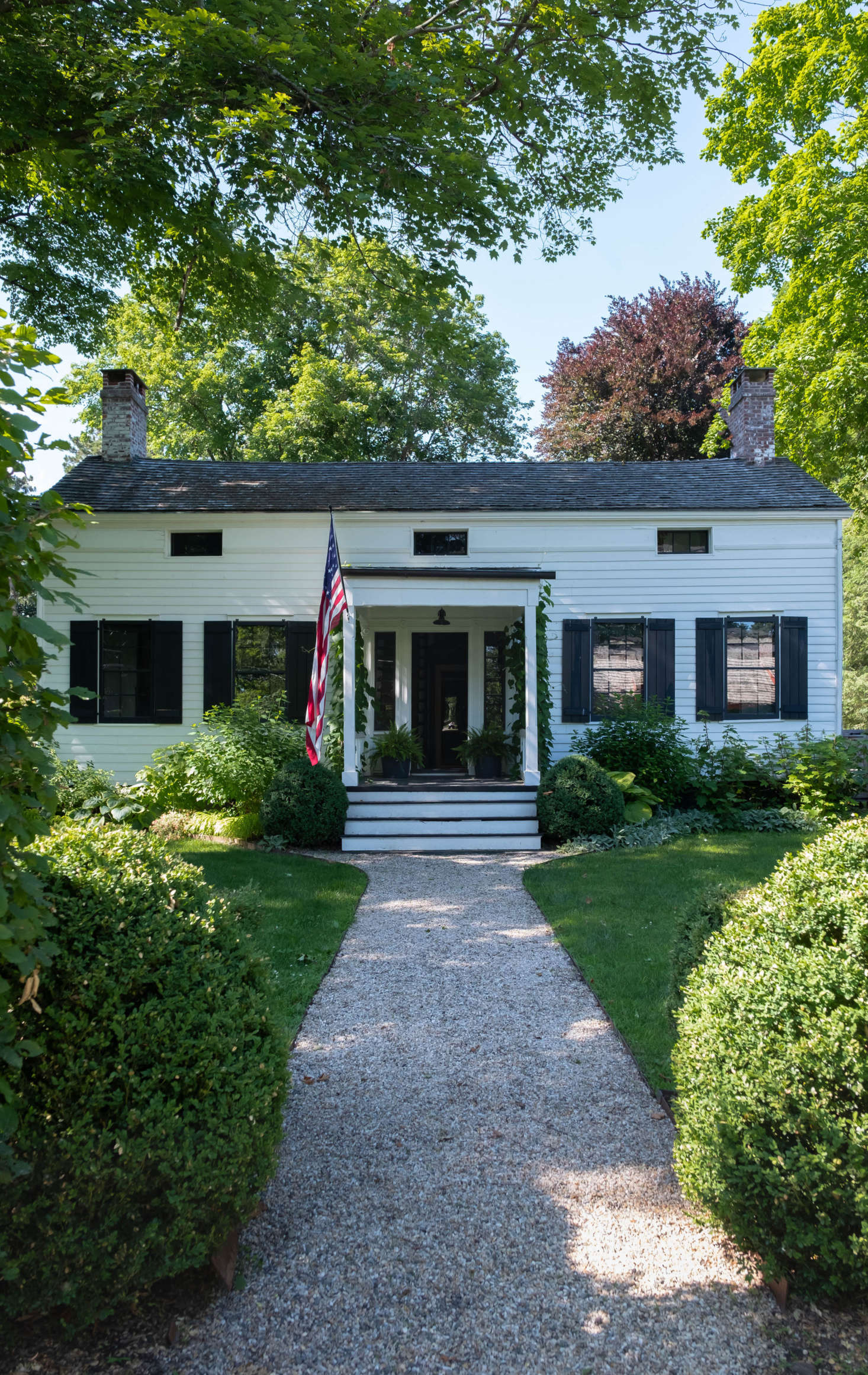 Hudson Eclectic: An Artist's Circa-1830 Home in Claverack, New York