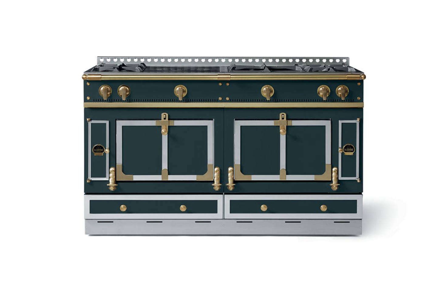 French company La Cornue has been making high-end kitchen ranges since 1908 and offers two main lines, the Cháteau and the Cornufé, which can each be customized by size, feature, and color. The smallest Cháteau range, Cháteau 75 starts at $25,700, and the smallest Cornufé, Cornufé 90 Albertine, starts at $8,100.