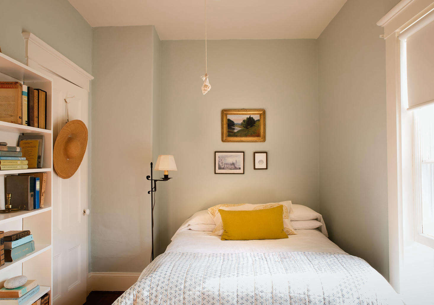 Before & After: A Low-Cost Summer Guest Room Makeover, Cape Cod ...
