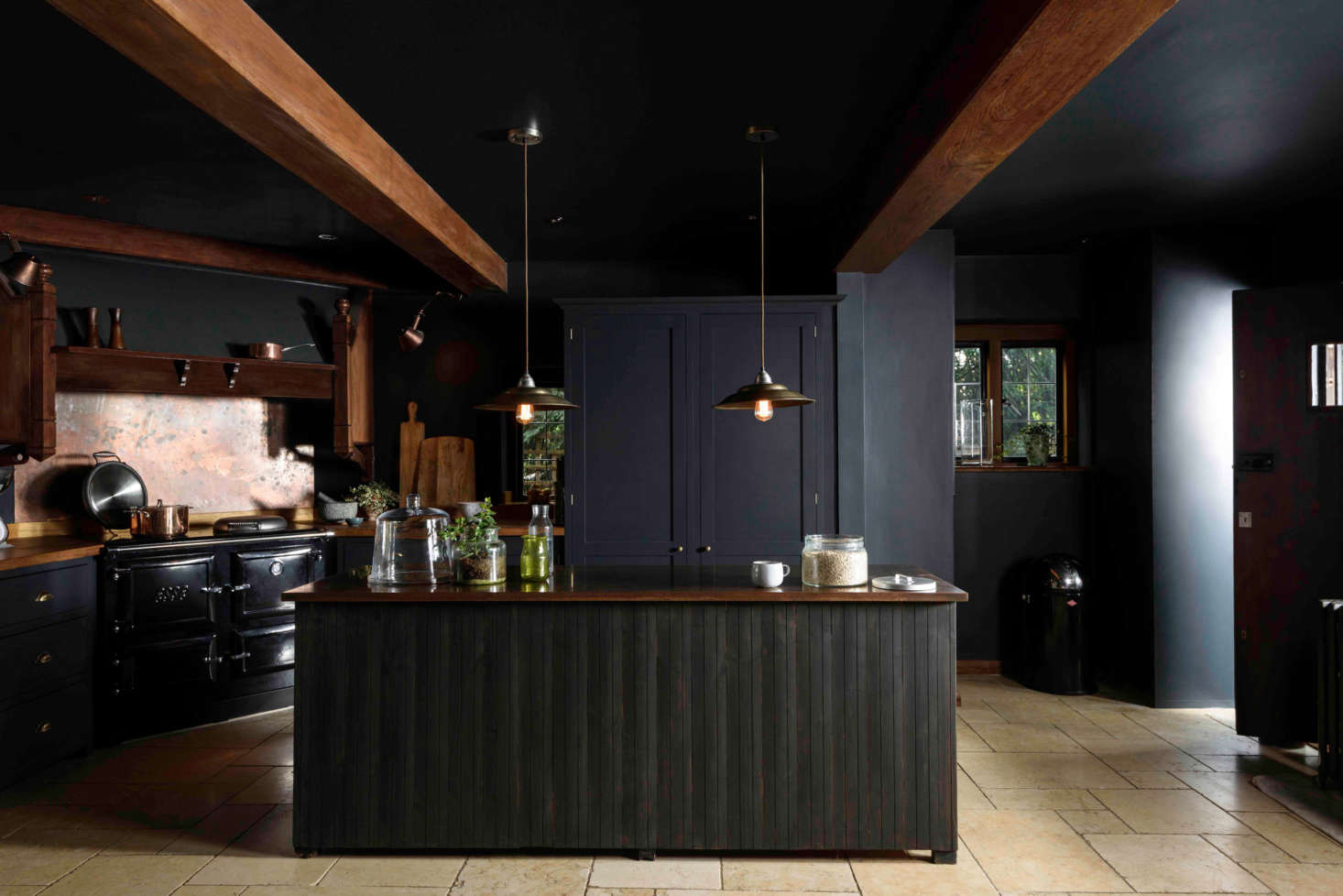 Kitchen of the Week: An Award-Winning Project with a Heart of Darkness