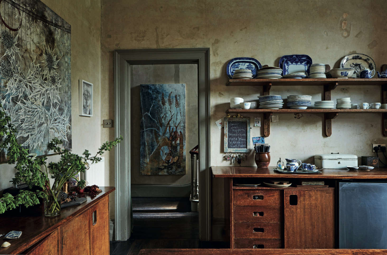 Required Reading: An Artist Couple's Hauntingly Beautiful Quarters, Courtesy of 'Perfect English Townhouse'