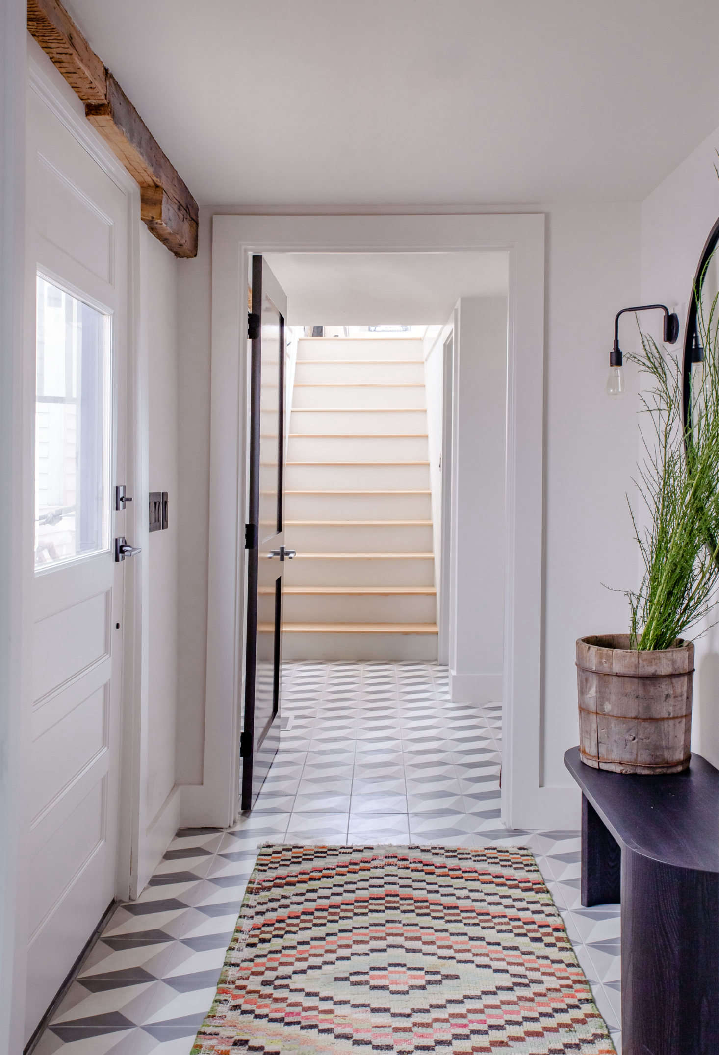 Entryways are sometimes guilty of becoming drop zones for coats, bags, and the like. Let these15 Minimalist Entryways We'd Love to Come Home Tobe your inspiration to stow clutter in closets and keep your entryway clear and calm. Photograph by Justine Hand.