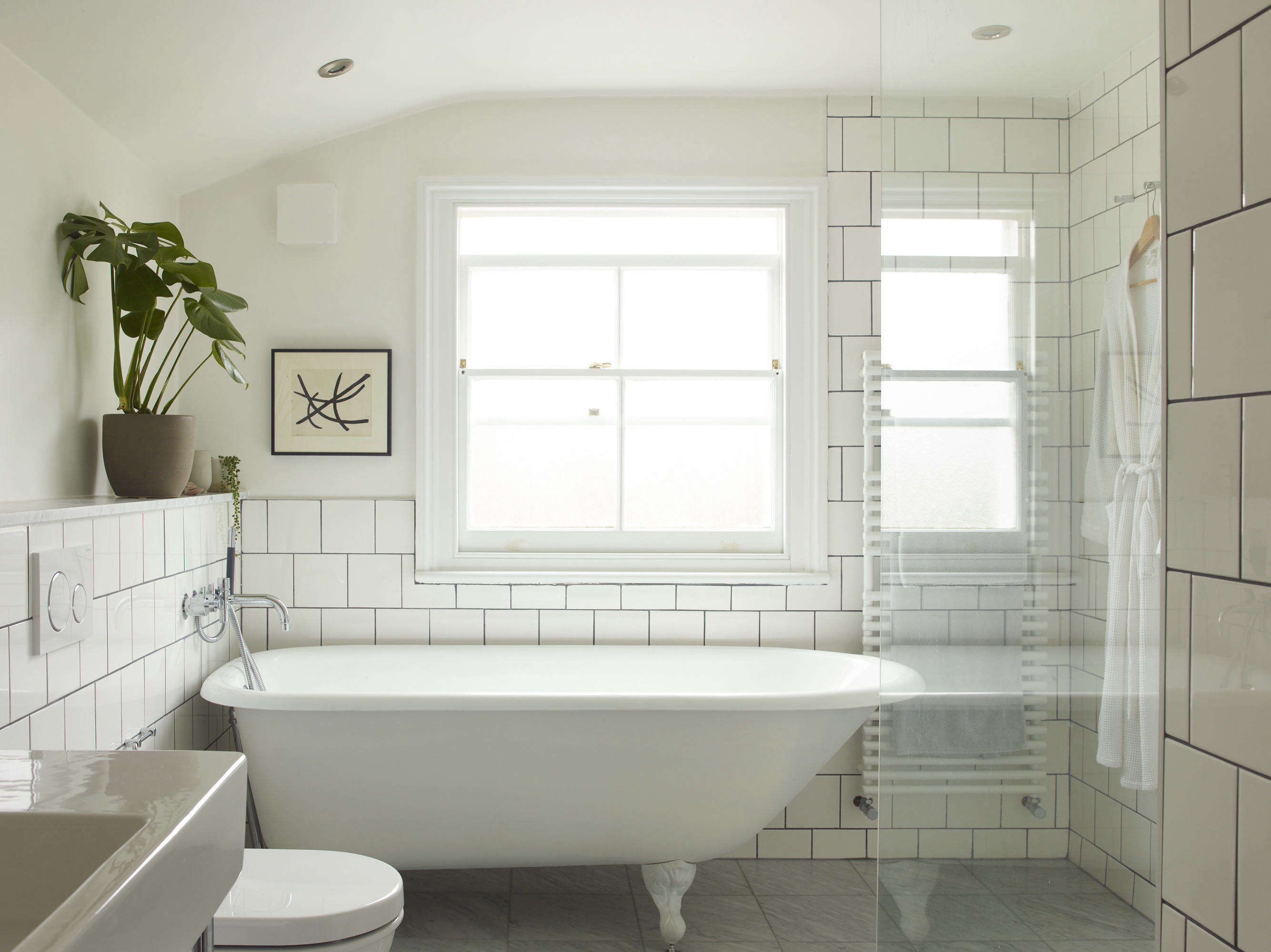 53e8b17dd8067 Steal This Look: A Compact Bath/Laundry in London, Budget Sources ...