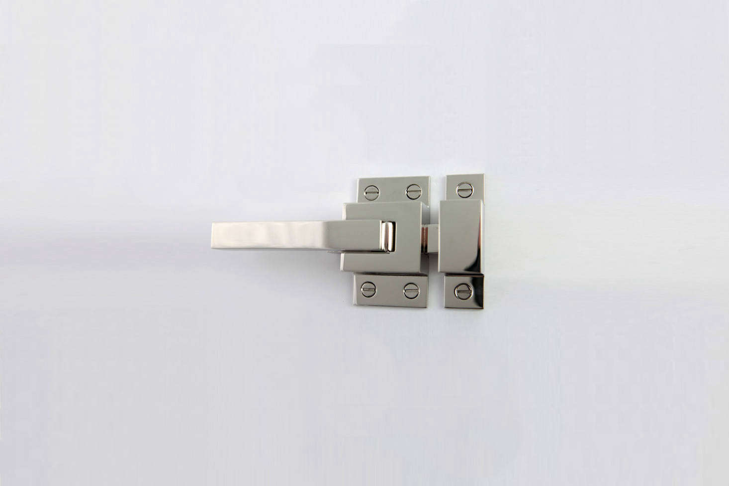 Another style from Ice Box Hinges, the Moderne Ice Box Latch is a boxy, modern rendition of the traditional latch style. Contact Ice Box Hinges for price and ordering information.