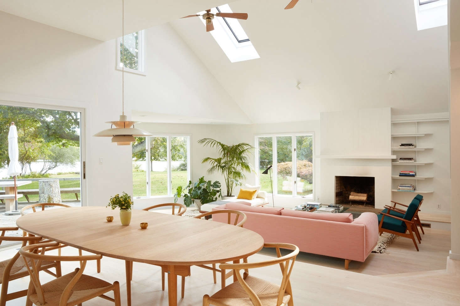 The understated fireplace in this Shelter Island living room doesn&#8
