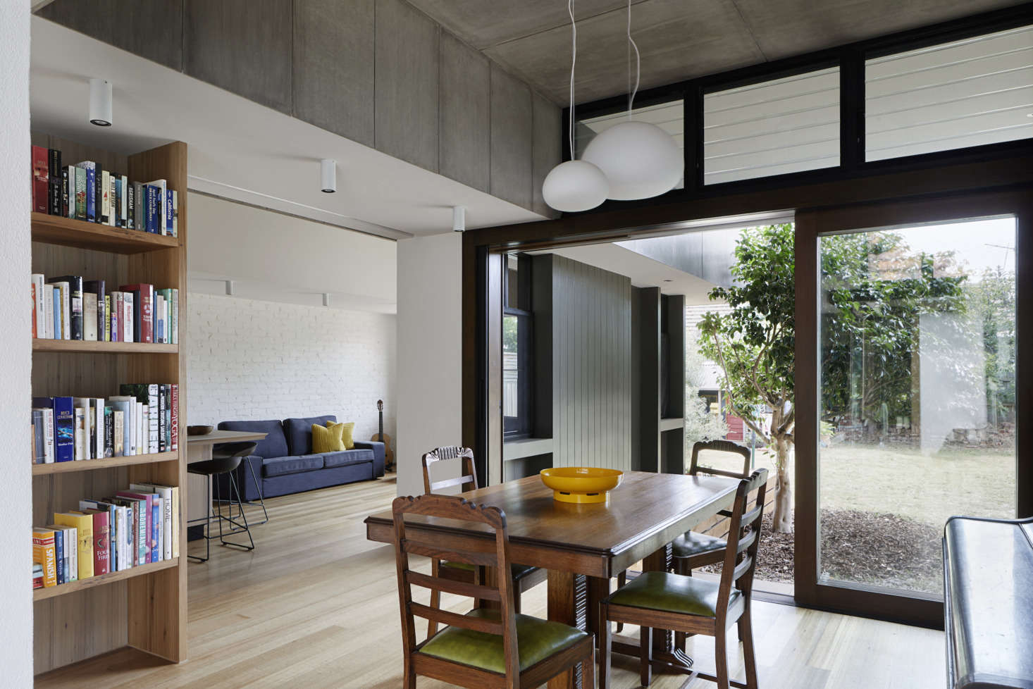 Kitchen Of The Week A Laid Back Courtyard Kitchen In Australia