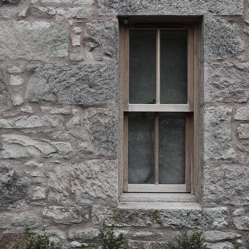 The lodge has all new oak-framed windows.