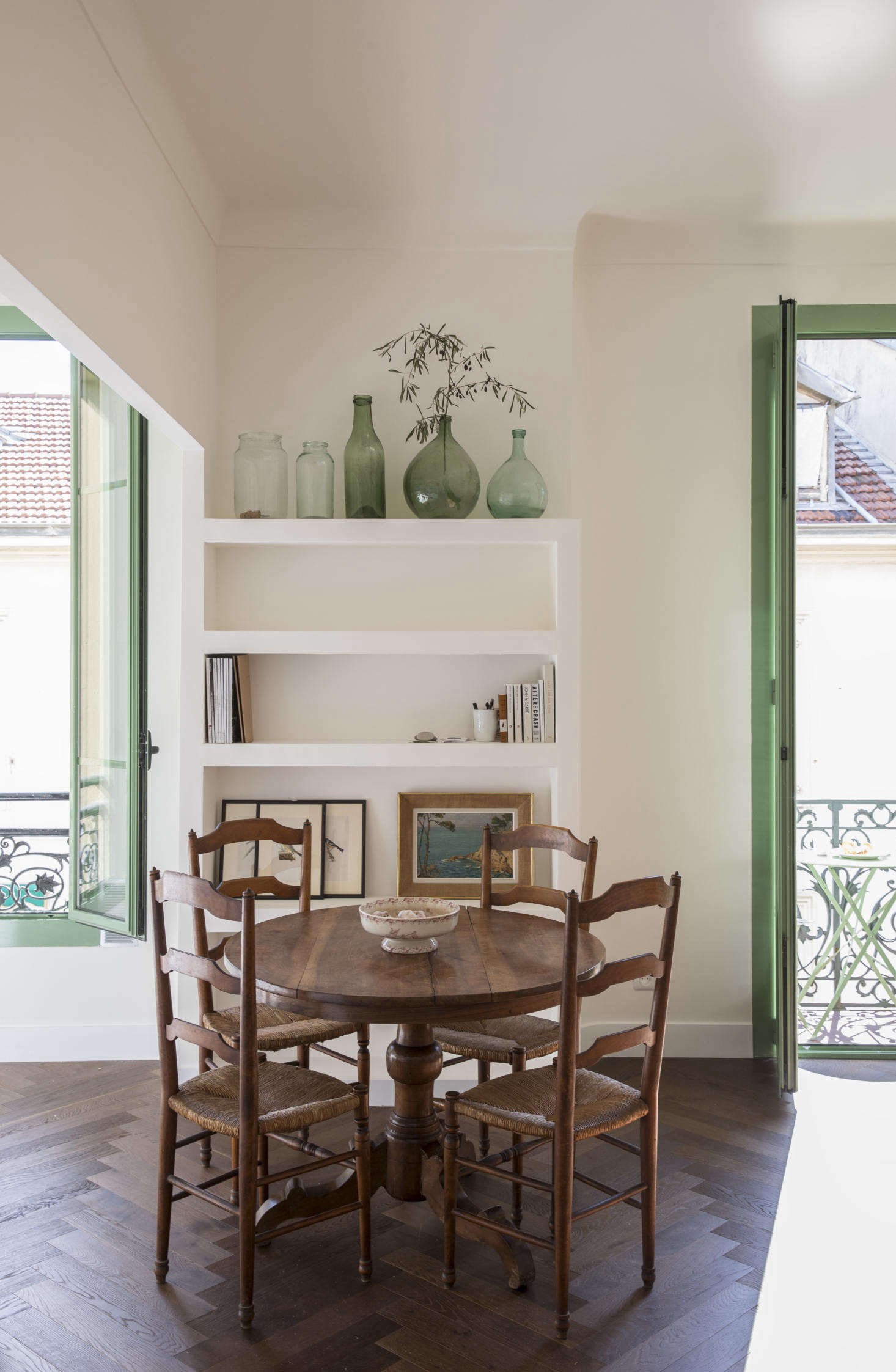 The Six-Month Remodel: An Airy Flat in Nice Gets a New Lease on Life