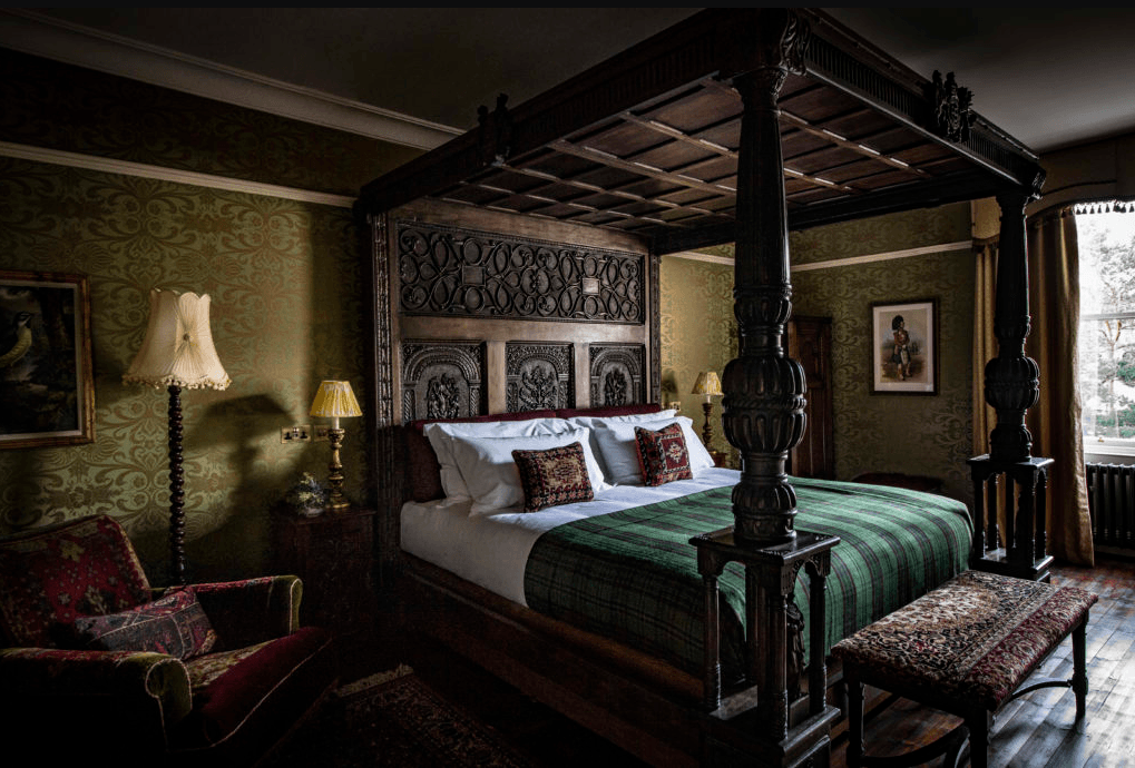 Lodgings Fit for the Royals: A Historic Hunting Lodge in Scotland, Revamped by Hauser & Wirth